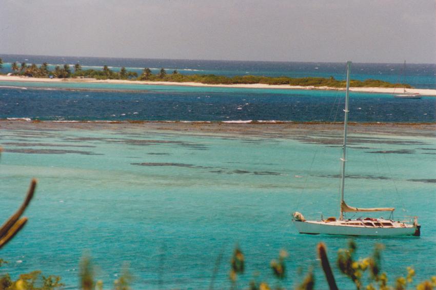 Au mouillage aux Tobago Keys